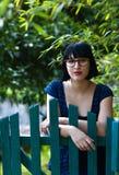 plattform kvinna för staket Arkivfoton
