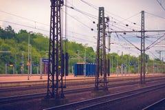 Plattform på järnvägen royaltyfria bilder