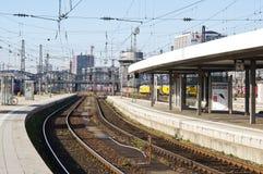 Plattform på Munich, huvudsaklig station för Tyskland arkivfoton