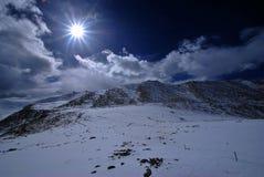 Plattierte Berge des Schnees Stockbild