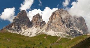 Plattkofel e Grohmannspitze, alpi dell'europeo di Italien Fotografie Stock
