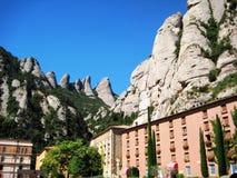 Platz nahe dem berühmten Kloster von Montserrat Stockbilder
