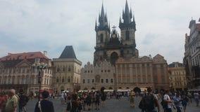 Platz principale in vecchia piazza di Praga Immagine Stock