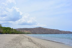 Playa埃尔莫萨海滩在哥斯达黎加 免版税库存照片