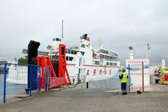 PLAYA布朗卡,兰萨罗特岛,西班牙- 2018年1月09日:有a的港口 免版税库存图片