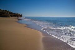 Playa abandonada en Portugal Imagenes de archivo