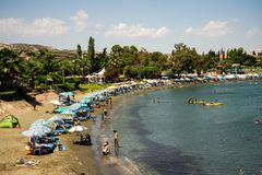 Playa amistosa en una estación de verano, Chipre de la familia de Andreas y de Melani Imagen de archivo