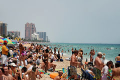 Playa apretada en Fort Lauderdale, la Florida Imagen de archivo libre de regalías