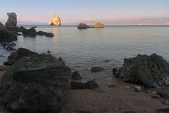 Playa arenosa aislada en la isla de Chipre Imagen de archivo
