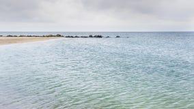 Playa arenosa amarilla hermosa Fotografía de archivo libre de regalías