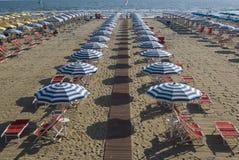Playa arenosa de Viareggio Fotos de archivo libres de regalías