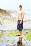 Playa atractiva del hombre Imagen de archivo