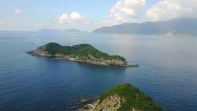 Playa azul de la antena de la roca del mar de la playa imagen de archivo libre de regalías