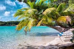 Playa azul de la laguna de Bahamas Imágenes de archivo libres de regalías