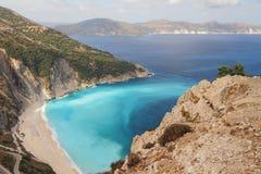 Playa, bahía y mar de Myrtos Kefalonia, Grecia foto de archivo