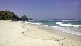 Playa blanca de la arena en Bali Indonesia Imagenes de archivo