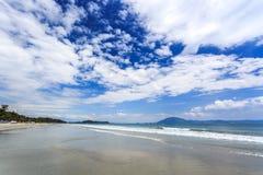 Playa blanca doc. Let, trang del nha, Vietnam de la arena imagen de archivo libre de regalías