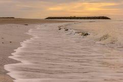 Playa blanca tropical de la arena Fotos de archivo libres de regalías
