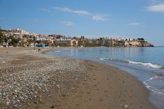 Playa Cala del Нравственн Ла к востоку от Малаги и приближает к к Ла Виктории Rincon de на Косте del Sol Испании Стоковая Фотография