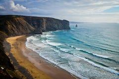 Playa cerca de Nazare, Portugal Imagen de archivo libre de regalías