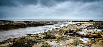 Playa ciclónica de los posts Fotos de archivo