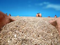 Playa, cielo y gente en Tenerife imagen de archivo libre de regalías