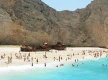 Playa con la ruina Fotos de archivo libres de regalías