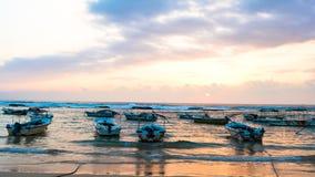 Playa con los barcos Imágenes de archivo libres de regalías