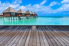 Playa con Maldivas imágenes de archivo libres de regalías