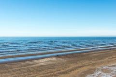 Playa congelada del mar Fotos de archivo