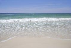 Playa cristalina Fotos de archivo