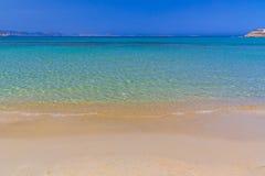 Playa de Agios Georgios, isla de Naxos, Cícladas, egeas, Grecia imagen de archivo