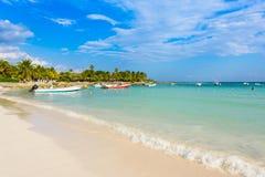 Playa de Akumal - playa de la bahía del paraíso en Quintana Roo, México - costa del Caribe Imagen de archivo
