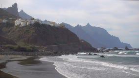 Playa de Almaciga en Tenerife almacen de metraje de vídeo