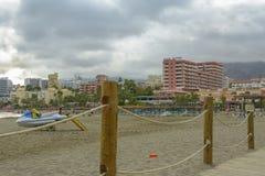 Playa de Benalmadena, provincia de Andalucía, España imagenes de archivo