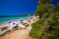 Playa de Bombarde del delle de Spiaggia cerca de Alghero, Cerdeña, Italia Imágenes de archivo libres de regalías