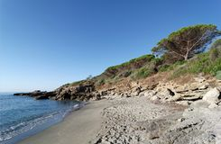 Playa de Bravone en la costa de Córcega imagen de archivo