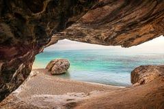 Playa de Cala Goloritze, Cerdeña, Italia imagenes de archivo