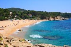 Playa de Cala Rovira (costa Brava, España) Imagen de archivo libre de regalías