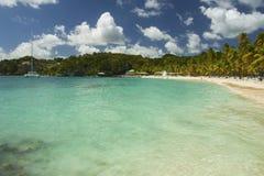 Playa de Caravelle del La, Guadalupe, del Caribe Fotos de archivo