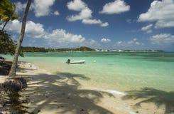 Playa de Caravelle del La, Guadalupe, del Caribe Imagen de archivo