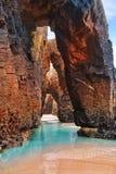 Playa de Catedrais de los catedrales de los las de Playa en Galicia España fotografía de archivo libre de regalías