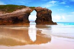 Playa de Catedrais de los catedrales de los las de Playa en Galicia España foto de archivo libre de regalías
