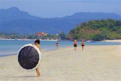 Playa de Chenang en Langkawi, Malasia fotos de archivo libres de regalías