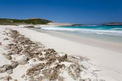 Playa de color salmón Esperance fotos de archivo libres de regalías