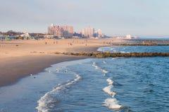 Playa de Coney Island Fotos de archivo libres de regalías