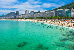 Playa de Copacabana en Rio de Janeiro fotos de archivo