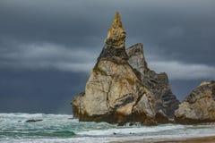 Playa de DA Ursa del Praia, nubes tempestuosas cerca del cabo de Cabo DA Roca en Portugal, Imagenes de archivo