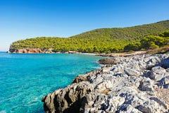 Playa de Dragonera en Agistri, Grecia Fotografía de archivo libre de regalías