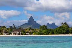 Playa de en Flac de Flic con Piton de la Petite Riviere Noire Maur Imagen de archivo